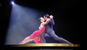 Tango-dancers-on-stage